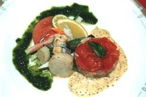 夏野菜と海味のオードブル イチゴソース添え