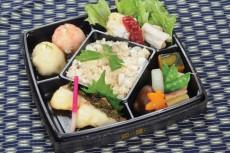 平成25年度おさかな料理コンクール 三重県知事賞 崎楓真(相可高校1年)